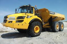 Need to load and transport? Here you have the Volvo A40F #dumptruck! More models of Volvo articulated #dumptrucks at http://www.machineryzone.com/used/articulated-dump-trucks/1/3590/volvo.html