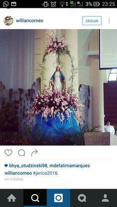Mary Flowers, Altar Flowers, Church Flower Arrangements, Church Flowers, Funeral Flowers, Floral Arrangements, Beautiful Flowers, Church Wedding Decorations, Altar Decorations