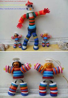 muñecas hechas con tapones de botella, juego y reciclaje, nos gusta mucho!