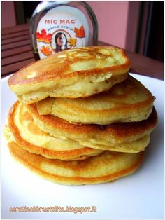As an omnivore I have made pancakes dozens of times, I have tried many recipes . - As an omnivore I have made pancakes dozens of times, I have tried many recipes of all tastes. Homemade Pancakes, Vegan Pancakes, Fluffy Pancakes, Banana Pancakes, Eggless Recipes, Veg Recipes, Cooking Recipes, Beignets, Low Calorie Breakfast