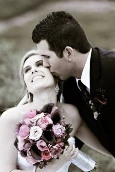 LOVED what Heather Elise did with our work and the beautiful couple!! Black and White is STILL my fave!!