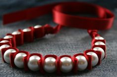 Crimson Mollie Pearls and Ribbon Bracelet di twillypop su Etsy