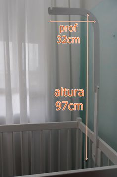 Suporte para mosquiteiro e móbile Mosquito Net, Baby Cribs, Kids Room, Maternity, Wood, House, Home Decor, Baby Mobiles, Baby Coming