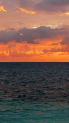 Nature Sunset Ocean Surface iPhone 8 Wallpapers