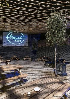 Dezain Architects is drafstman of a refurbishment in a Club located in the old town of the city of Olot (Girona). The project has consisted in. Cafe Shop, Refurbishment, Old Town, Architects, Bamboo, Old Things, Restaurant, Club, Coffee