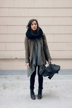 Layers and neutral colors, a way to still look cute and be comfy when it's cold!