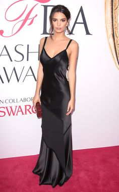 Emily Ratajkowski from 2016 CFDA Fashion Awards: Red Carpet Arrivals  Model is a beauty in this form-fitting black gown.