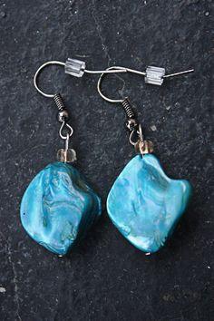 Blue Turquoise Dangling Earrrings by TreasuresbyCam on Etsy