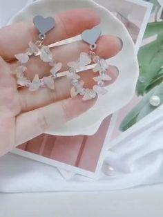 Wire Jewelry Rings, Handmade Wire Jewelry, Beaded Jewelry Designs, Jewellery, Earring Crafts, Bracelet Crafts, Jewelry Crafts, Diy Bracelets Easy, Handmade Bracelets