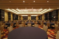 Have your next business meeting or conference here at the Hollywood Hotel! Hollywood Hotel, Business Meeting, Downtown Los Angeles, Reception Table, Grand Hotel, Table Decorations, Conference, Tables, Home