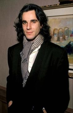 Daniel Day Lewis--this is exactly how I picture Jean Claude from the Anita Blake series...except Jean Claude is a little younger
