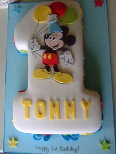 Mickey Mouse Cake only 5 instead of 1