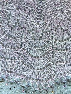 This pattern was originally designed for the 2015 Ysolda Shawl Club.