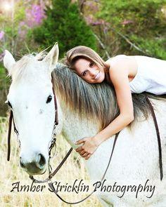 Horse Senior Picture Ideas
