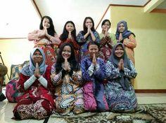 We are friends...  My group name is mabok tay (MT)  Semoga kalian selalu mengenang masa kita bersama. 😘😭👊💕💕💕