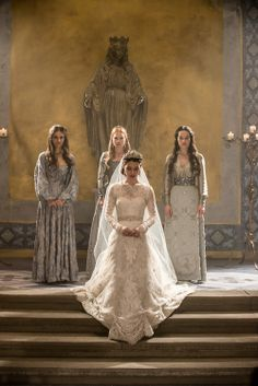 """Queen Mary (Adelaide Kane), Kenna (Caitlin Stasey), Greer (Celina Sinden), and Lola (Anna Popplewell) in """"The Consummation"""" episode of Reign on the CW"""