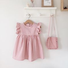 baby kid clothes and ideas Ideen Moda Infantil Babykleider fr Fashion Kids, Baby Girl Fashion, Fashion Fashion, Dresses Kids Girl, Little Girl Dresses, Vintage Baby Dresses, Dress Girl, Cute Baby Clothes, Doll Clothes