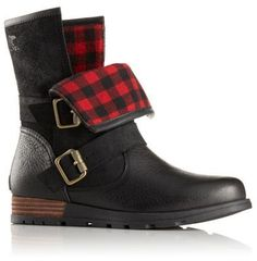 The SOREL Women s Major Moto is a low boot with a full-grain leather and ffd46af2489
