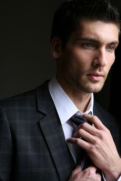 Travis Vulich by Michael Dar (2010) #TravisVulich #MichaelDar #malemodel #model #FordModels #FordModels_Chi #tie #suit