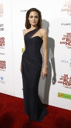 Imagem de http://d.ibtimes.co.uk/en/full/240542/angelina-jolie-red-carpet-poses.jpg.