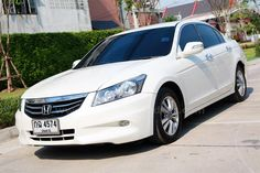 ขายรถเก๋ง HONDA ACCORD ฮอนด้า แอคคอร์ด รถปี2011 สีขาว