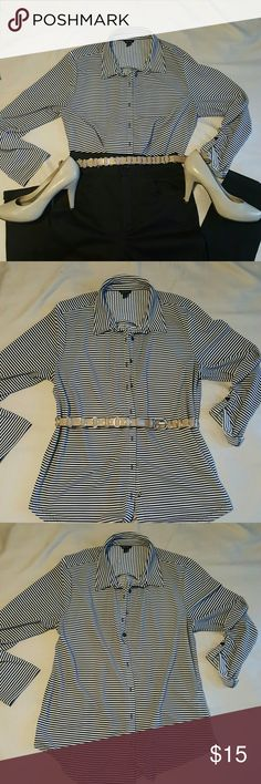 Striped shirt Ann Taylor striped shirt, Stretch material it's so comfy it can be worn for work or play. Ann Taylor Tops Button Down Shirts
