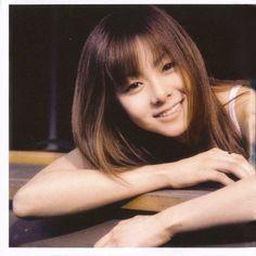 くらき まい (Mai Kuraki) Born October 28, 1982 as Mai Aono, is a Japanese pop and R&B singer-songwriter and producer from Funabashi, Chiba.  NEVER-GONNA-GIVE-YOU-UP http://www.jpopsuki.tv/video/Mai-Kuraki---NEVER-GONNA-GIVE-YOU-UP/3f6840e067363c3829c16d7ae125deac