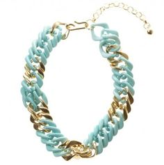 This mint and gold necklace will add glamour to your comfortable festival threads. This style looks best when worn with a high neck top or dress! @Lovisa Pty Ltd necklace, available at www.lovisa.com.au