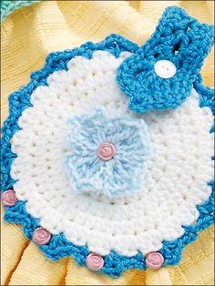 Crochet - Kitchen Decor - Towel Topper D Crotchet Patterns, Crochet Stitches Patterns, Crochet Potholders, Crochet Doilies, Crochet Blankets, Crochet Gifts, Free Crochet, Crochet Towel Topper, Crochet Kitchen Towels