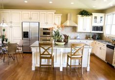 When it comes to home renovation, there are two main reasons why homeowners do it. Either they want to add to the comfort, use and value of their homes, or they want to tidy up to sell.
