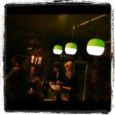 'T is open op de kasseistrook. MASTOUCHE. @Gent #zomerbarak IJ-LAMP #DARK