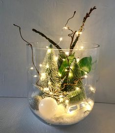 Glass of winter forest illuminated- Glas Winterwald beleuchtet Glass of winter forest lit by car from Einfachschoen on Etsy - Christmas Wedding Centerpieces, Gold Christmas Decorations, Diy Centerpieces, Personalized Christmas Ornaments, Flower Decorations, Diy Christmas Lights, Christmas Home, Christmas Crafts, Navidad Diy