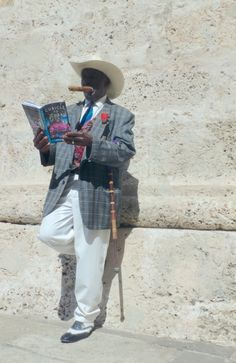 Taking a break in #oldhavana #cuba with #book #cubicletocuba and a #cigar - Tomando un descanso en #havanavieja con libro Cubicle to Cuba y un cigarro cubano. If you are curious about #travel to Cuba, check out my blog www.heidisiefkas.com for my #traveltips #books and #adventure stories from years of travel on the once forbidden island.