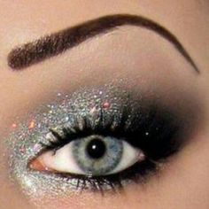 smokey, shimmer eye, super pretty <3