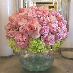A large ball of soft pastel pink roses and green hydrangea on Vase Arrangements, Wedding Arrangements, Wedding Table Centerpieces, Flower Centerpieces, Flower Decorations, Beautiful Flower Arrangements, Beautiful Flowers, Jeff Leatham, Happy Birthday Flower