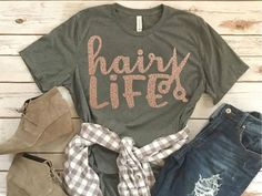 Hair life SVG AY, This t-shirt is Made To Order, one by one printed so we can control the quality. Hair Stylist Shirts, Shirt Hair, Vinyl Shirts, Work Shirts, Messy Hairstyles, Shirt Designs, Cute Outfits, Graphic Sweatshirt, My Style