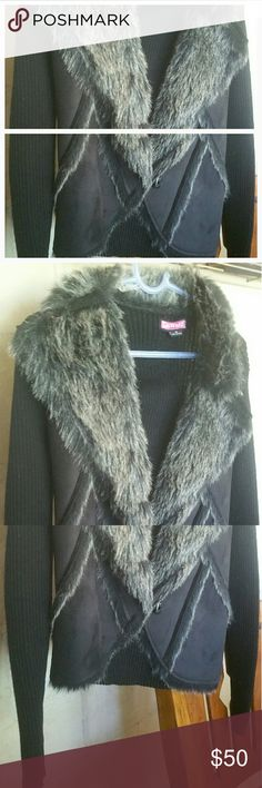 $drop! Vintage Faux Fur trimmed moto jacket. Med RARE. Vintage  Black/ charcoal faux trimmed  sweater moto jacket! Medium Not trades Price Firm  Already reduced! :) (not known if real suede, but appears to be) price reflects not suede. Say What? Jackets & Coats