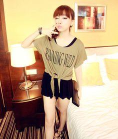 [qz057] เสื้อผ้าแฟชั่น Pre Order เสื้อเกาหลีผ้าฝ้าย คอกว้าง | SoMoreMore.Com