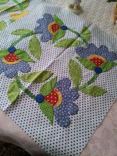 I will soon work on hiring them - Patchwork Applique Quilt Patterns, Hand Applique, Applique Designs, Machine Applique, Patch Quilt, Quilt Blocks, Quilting Projects, Quilting Designs, Flower Quilts
