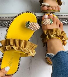 Pineapple Pattern Toe Ring Frill Hem Casual Sandals for women Have,Sandals for women for women , Toe Ring Sandals, Toe Rings, Flat Sandals, Shoes Sandals, Office Sandals, Yellow Sandals, Sandals Platform, Belly Rings, Heeled Sandals