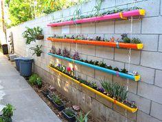 Inspiring 50 Best Cheap and Easy DIY Wall Gardens Outdoor Inspirations http://goodsgn.com/gardens/50-best-cheap-and-easy-diy-wall-gardens-outdoor-inspirations/