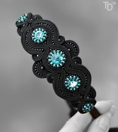 Jewel in the Crowd – Soutache and beaded jewellery Soutache Necklace, Ring Necklace, Tassel Earrings, Rope Jewelry, Beaded Jewelry, Soutache Tutorial, Shibori, Beaded Embroidery, Turquoise Bracelet