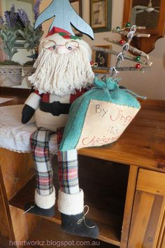 By Jingles Santa-terracotta pot.