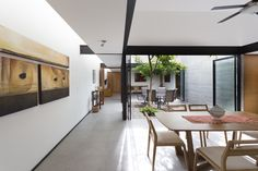 Two Courtyards House / Muñoz Arquitectos