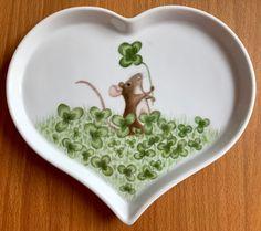 Porzellanmalen Atelier Grace China Painting, Ceramic Painting, Ceramic Art, Painted Plates, Ceramic Plates, Big Design, Nursery Art, Pottery Art, Painted Rocks