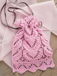 Download several summer knitting patterns in one like this pink purse to knit Creative Knitting Summer 2016