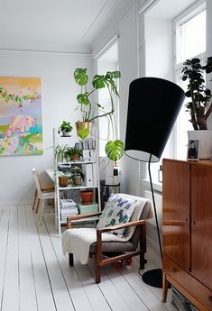 COSY HOME / Plant shelf as a room divider https://cosyhomeblogi.wordpress.com/