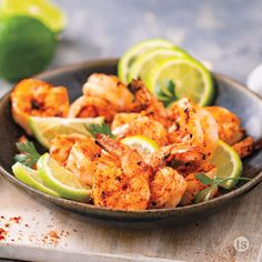 Cha Cha! Chile Lime Seasoned tilapia served in tortillas with broccoli slaw and Cotija cheese. Healthy Cooking, Healthy Eating, Healthy Recipes, Chili Lime Shrimp, Tastefully Simple Recipes, Corn Avocado Salad, Creamy Coleslaw, Easy Meals, Weeknight Meals