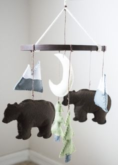 Hey, I found this really awesome Etsy listing at https://www.etsy.com/listing/512689673/woodland-mountain-bear-felt-baby-crib