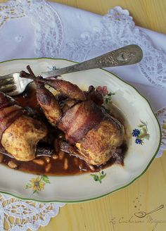 roasted quails in sweet and sour sauce of red wine Roasted Quail, Sweet Sauce, Poultry, Red Wine, Turkey, Dishes, Chicken, Recipes, Quails